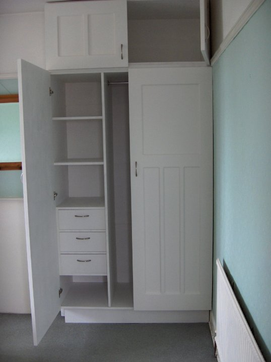 Woodworks Wardrobes Shelves Made To Measure